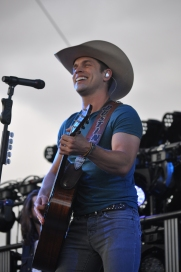 Dustin Lynch, Stagecoach 2016
